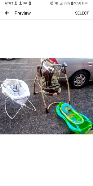 ***BUNDLE DEAL*** Fisher Price Bathtub/Graco Swing/Infant Cradle for Sale in Saint Charles, MO