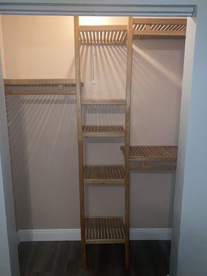 Closet shelves for Sale in Hialeah, FL