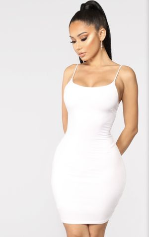 Fashion Nova Dress Size M for Sale in South Gate, CA