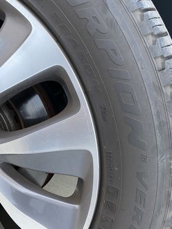Pirelli Scorpion Verde Tire 245 55 19 Good for Sale in Westminster,  CA