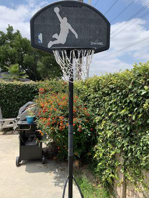 Used basketball hoop for Sale in Santa Fe Springs, CA