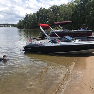 Classic Welcraft 19.9 ft 262 V6 Mercruiser for Sale in Cayce, SC