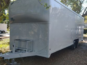 8 And A Half By 24 Ft Enclosed Trailer Just Painted Comes With Two New Tires for Sale in Fort Myers,  FL