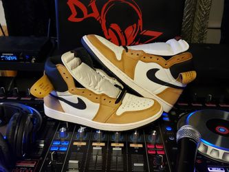 Air Jordan 1 Rookie Of The Year 11.5 for Sale in Brooklyn,  NY