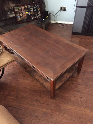 Living room coffee table and end table. for Sale in Anchorage, AK