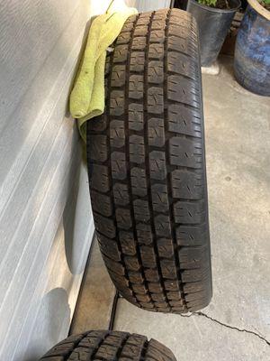 """Tires(2) 205/70/R15/15"""" tires/llantas usadas 15 for Sale in Los Angeles, CA"""