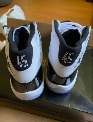 Concord 11s for Sale in Detroit, MI