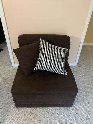 Sofa bed and a loveseat brown chair for Sale in Alexandria, VA