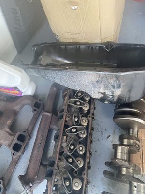Chevy 305 engine parts for Sale in New Port Richey, FL