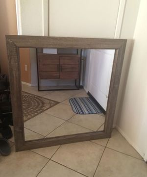 Wooden Wall Mirror for Sale in Moreno Valley, CA