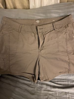 Brown shorts for Sale in Monterey Park, CA