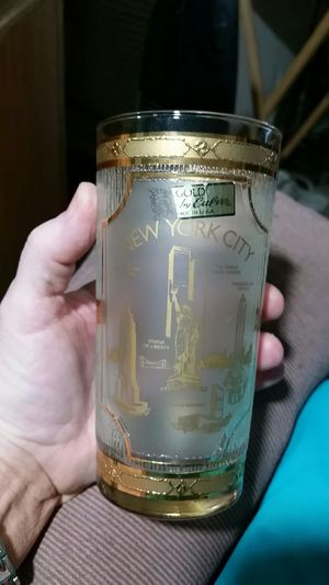 22kt gold on New York Trade Center glass 1950 circa for Sale in Georgetown, IN