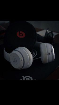 Beats by Dre solo 3 wireless headphones for Sale in Lucas,  TX