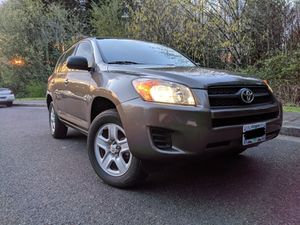 AWD Toyota RAV4 in excellent condition for Sale in Portland, OR