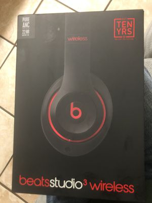 Special edition Beats studio 3 ...willing to sale it or do a trade for a JBL boombox for Sale in Los Angeles, CA