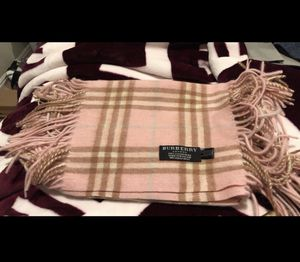 Authentic Burberry Scarf for Sale in West Jordan, UT