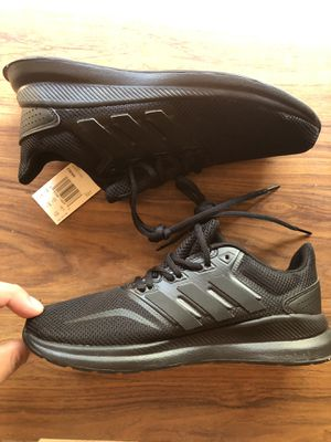 Adidas men's 6 for Sale in Victorville, CA