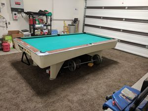 9 foot pool table for Sale in Riverside, CA
