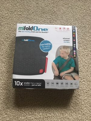 Portable booster seat (NEW IN BOX) for Sale in Lynnwood, WA
