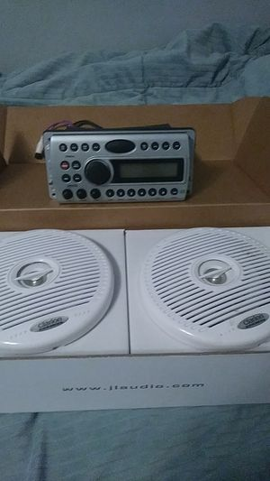 Clarion marine speakers and deck for Sale in Seattle, WA