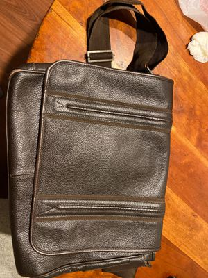 Arturo Calle pure leather messenger bag for Sale in West Palm Beach, FL