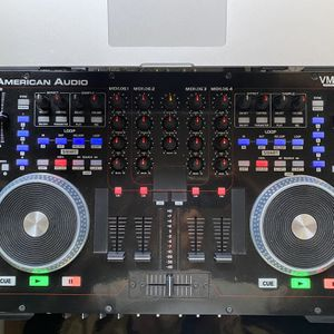 Dj MIDI Controller And Music Workstation for Sale in Fort Lauderdale, FL