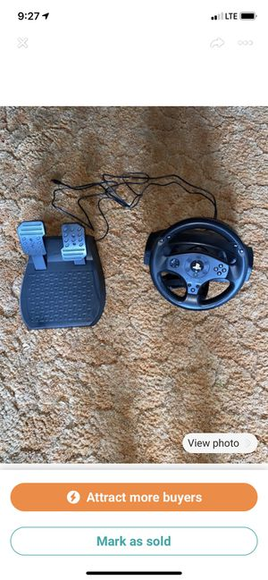 Ps4 steering wheel and foot pedal for Sale in Corry, PA