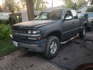 2001 Chevy Silverado 4x4 for Sale in West Chicago, IL