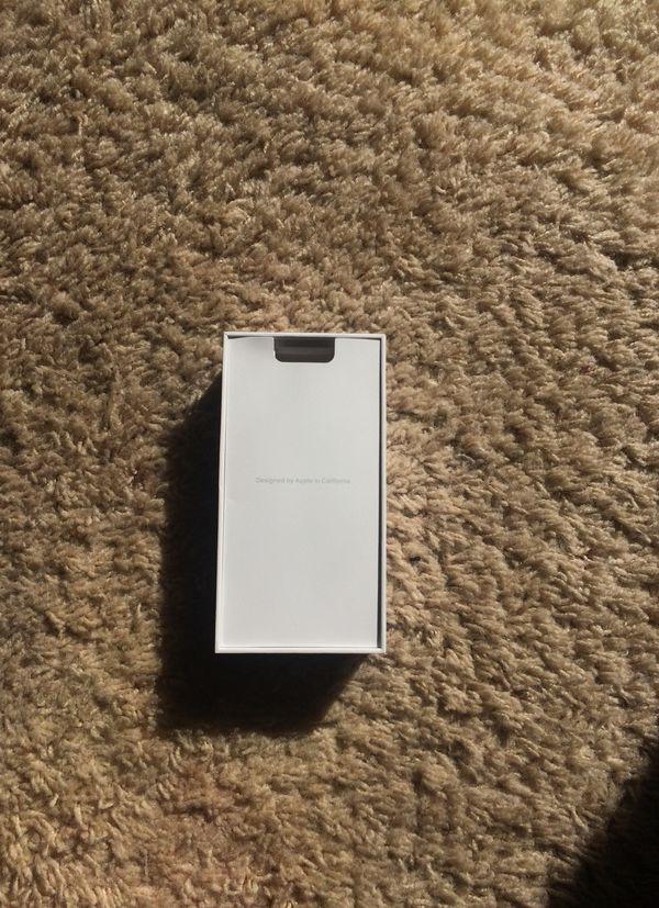 iPhone 7 128 gb box