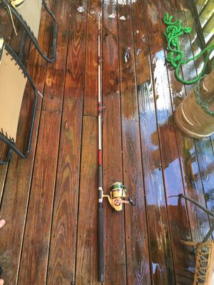Fishing pole Daiwa GS9 reel and Shakespeare sturdy stick for Sale in NEW PRT RCHY, FL