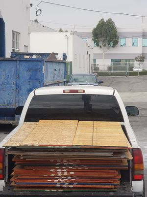 Plywood for sale full sheets for Sale in Los Angeles, CA