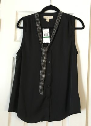 Michael Kors sleeveless party blouse. New, never worn. Asking $40, less than half of what I paid. (Bought out of state on a trip without trying it for Sale in Shelbyville, TN