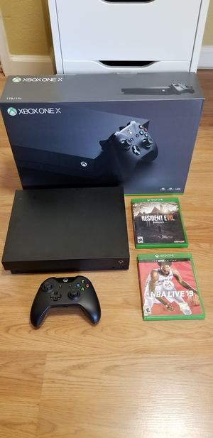 XBOX ONE X BUNDLE, PRICE FIRM, NO TRADE, IN LIKE NEW CONDITION, READ DESCRIPTION FOR OPTIONS for Sale in Garden Grove, CA