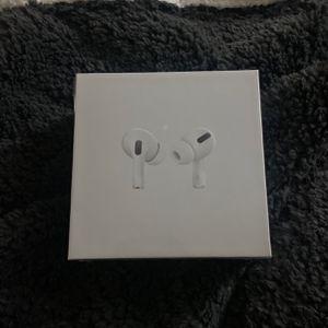 Ear Pods Pro for Sale in Riverside, CA