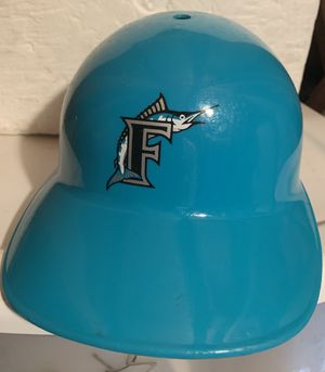 FLORIDA MARLINS PLASTIC BATTING HELMET for Sale in Melbourne, FL