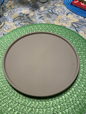 Pampered Chef Personal Size Round Stone $15 NEW! for Sale in Tampa, FL