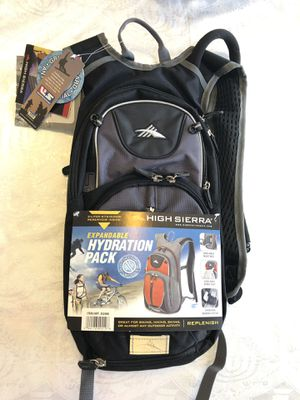 High Sierra Expandable Hydration Pack (Hiking Backpack) NEW! for Sale in Las Vegas, NV