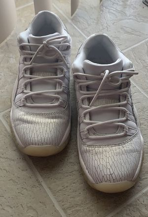 Jordan 11 Retro Low Heiress Pure Platinum (GS) for Sale in Florissant, MO