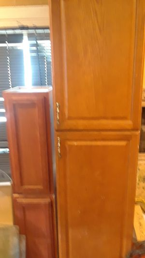 Kitchen Cabinets for Sale in Cleveland, OH