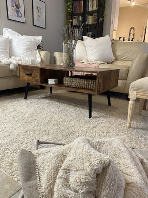 Coffee table for Sale in Delray Beach, FL