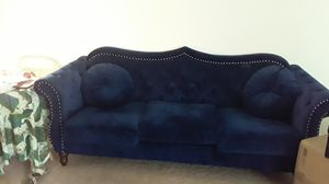 Beautiful Navy Blue Velvet SOFA *ACCEPTING OFFERS* for Sale in Dublin, GA