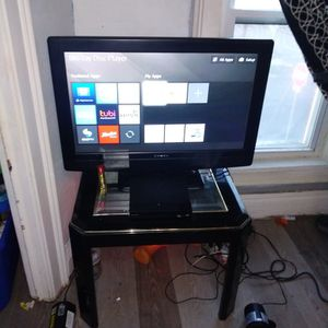 Tv And Smart Dvd Player for Sale in Tonawanda, NY