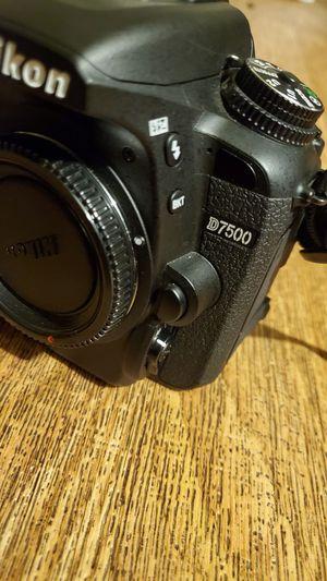 Nikon D7500 body like new for Sale in San Diego, CA