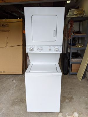 """24"""" Kenmore Stackable Washer and Dryer for Sale in Tacoma, WA"""