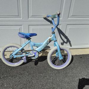 """14"""" girl bike with training wheels age 3 to 5 for Sale in Mechanicsburg, PA"""