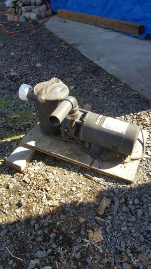 Hayward 3/4 hp Pool Pump for Sale in Molalla, OR