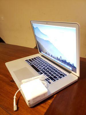 Late-2011 Macbook Pro 15 Intel Core i7 Processor has 8gb Ram + 1TB HDD Sierra High installed for Sale in Minneapolis, MN