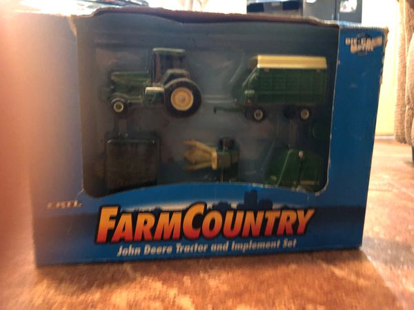 Farm Country John Deer Tractor and Implement Set