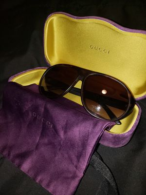 Unisex Gucci Sunglasses for Sale in Lumberton, NJ