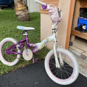 'Frozen' Themed Girls Bicycle for Sale in Fort Lauderdale, FL